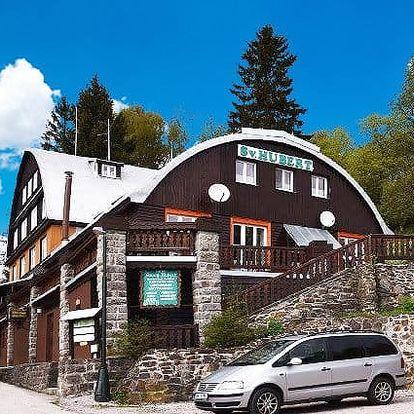 3 až 8denní pobyt pro 2 + 1 dítě zdarma s polopenzí v hotelu Svatý Hubert v Krkonoších