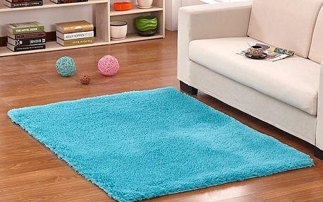 Měkký koberec do ložnice či obýváku - Královská modř