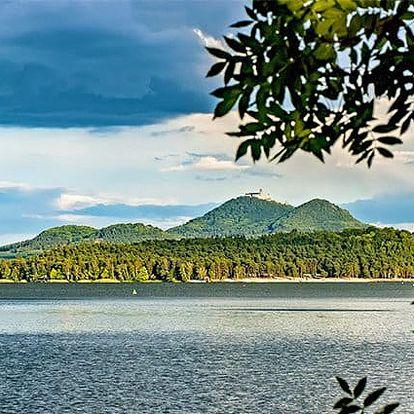 3 nebo 8denní romantický pobyt s masáží pro 2 v hotelu Kamýk*** u Máchova jezera