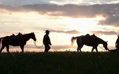 Pobyt na ranči na Valašsku ve Westernovém stylu včetně jezdecké školy na koních, polopenze a pohodlného ubytování