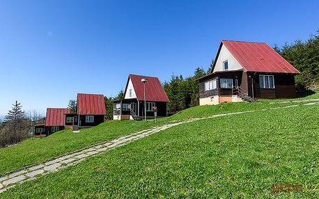 3–6denní last minute pobyt pro 2 v chatkách nebo horské chatě Arnika v Bílých Karpatech
