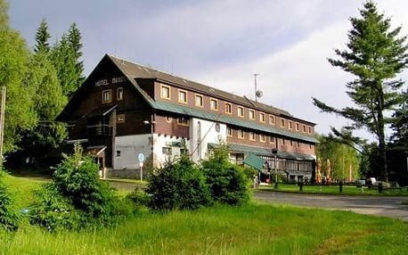 Letní dovolená pro páry v hotelu Maxov v Jizerských horách. Sauna a zapůjčení kola v ceně!