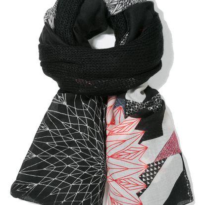 Desigual černý šátek Mixto Edit s decentními vzory