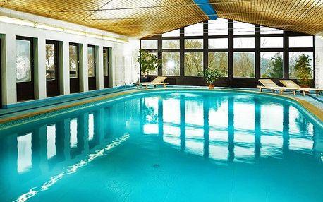 Léto či podzim ve Špindlu: hotel Astra s bazénem