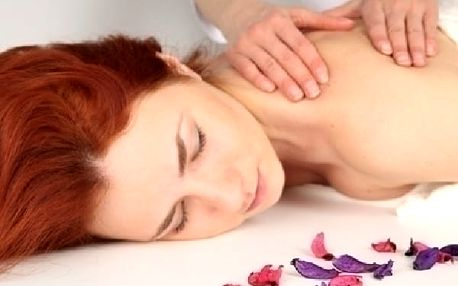 Čtyřruční intimní Energizující a léčivá Tantrická masáž pro Ženy