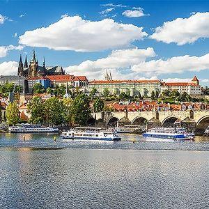 2–5denní pobyt se snídaněmi pro 2 osoby v hotelu Pankrác v Praze