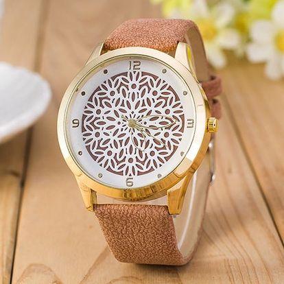 Dámské náramkové hodinky s vydlabaným ciferníkem