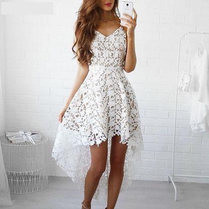 Romantické šaty z bílé krajky