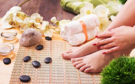 Lakování rukou nebo nohou gel lakem Rock Lak