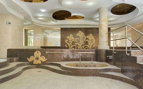 Hotel Iris**** v Karlových Varech s polopenzí, neomezeným vstupem do wellness a parafínovým zábalem pro dva