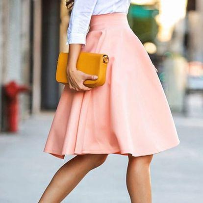 Pastelově růžová sukně do pasu - velikost č. 5