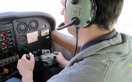 Pilot letadla na zkoušku v Jihomoravském kraji