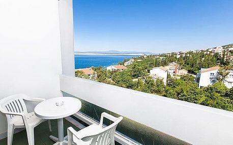 4–8denní pobyt pro 1 osobu v depandance hotelu Omorika v Chorvatsku