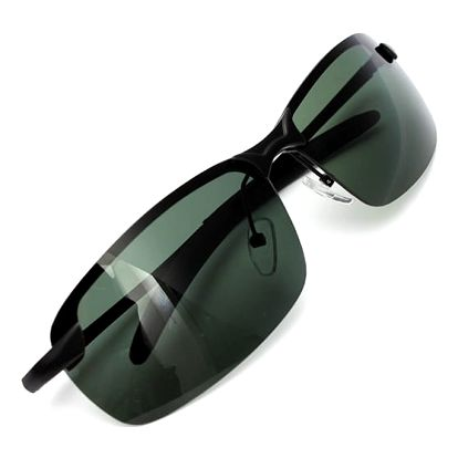 Sluneční brýle s tmavě zelenými skly
