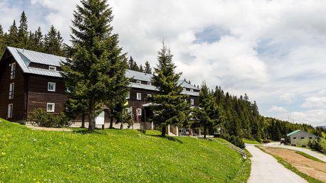 Ráj v nadmořské výšce 1428 m na hřebenech Velké Fatry v hotelu Granit Smrekovica ***