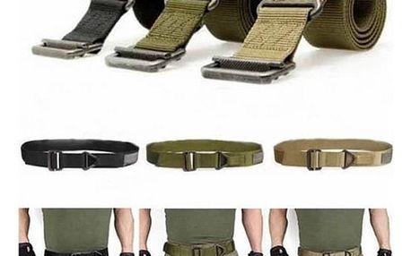 Vojenský opasek ve třech barvách