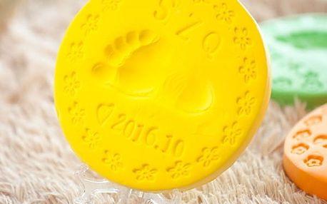 Paměťová rychleschnoucí hmota na obtisky dětských rukou a nohou - 100 g