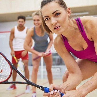 Pronájem squashového kurtu + sportovní nápoj