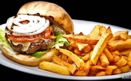 Švejkburger s hranolky a česnekovou omáčkou