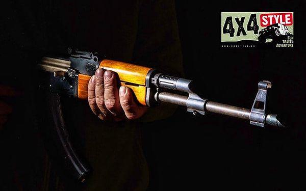 Zážitková střelba z 6–10 zbraní u Uherského Hradiště od 4x4 Style