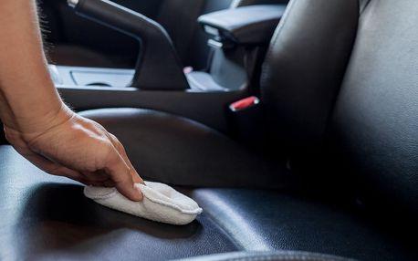 Tepování sedaček, kufru a dveří auta