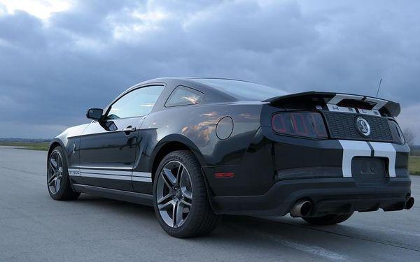 Záááážitková jízda ve Ford Mustang