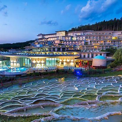 Super relax v Egerszalóku: 4* Saliris Resort, polopenze a termály se 17 bazény neomezeně