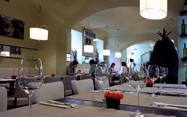 Vyladěná hostina pro dva: 3chodové menu v La Strada nejen pro celiaky3