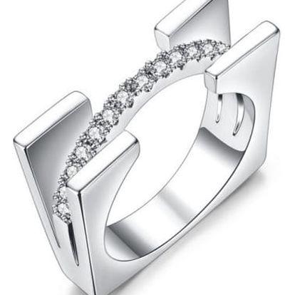 Módní futuristický prsten s kamínky - 3 barvy