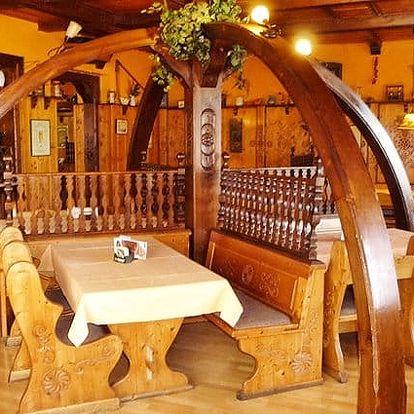 3 až 6denní pobyt pro 2 s romantickou večeří a lahví vína v hotelu Praděd v Jeseníkách