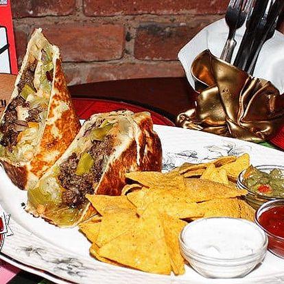 3 druhy výborného mexického burrita s nachos a salsou pro 1 v Yes Burgeru v Praze