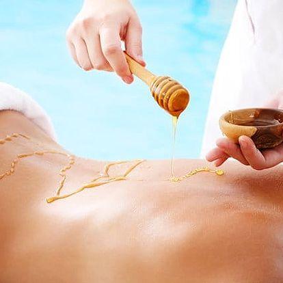 50minutová medová nebo levandulová masáž v Salonu Mamayo v Praze