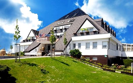 3 až 8denní ozdravný pobyt pro 1 v hotelu Pyramida**** ve Františkových Lázních