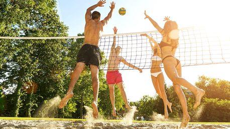 Hodina plážového volejbalu v Roudné