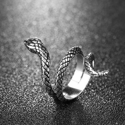 Hadí prstýnek ve stříbrné barvě