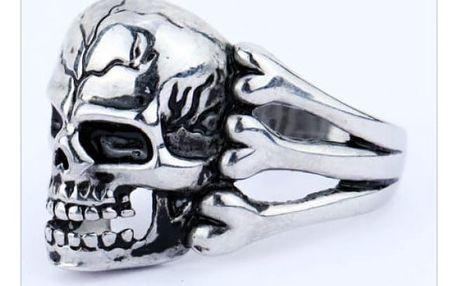 Pánský prsten s lebkou