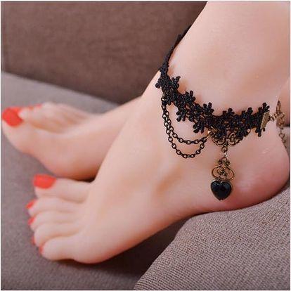 Gotický náramek na nohu