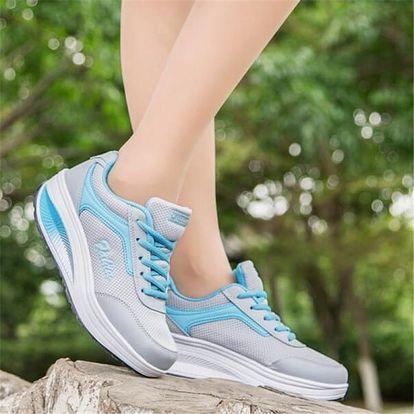 Dámská sportovní obuv s vyšší podrážkou - modrá, vel. 39