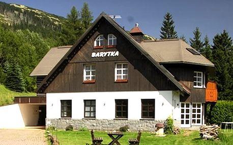 Letní pobyt pro dva v pensionu Barytka se snídaní, vstup do bazénu, sleva 40% na masáže aj.
