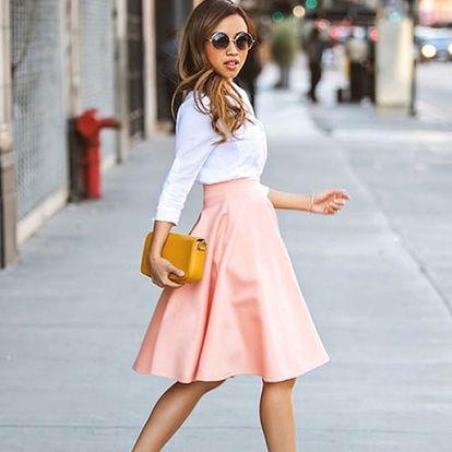 Pastelově růžová sukně do pasu - vel. 2