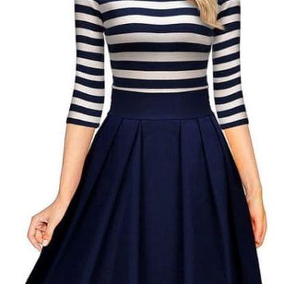 Šaty s vyšší sukní