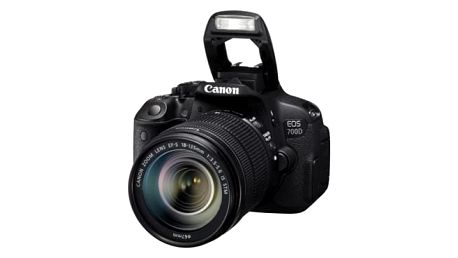 Digitální fotoaparát Canon 700D + 18-135 IS STM (8596B039) černý