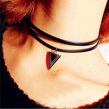 Náhrdelník s přívěskem trojúhelníku