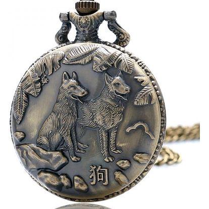 Kapesní hodinky s čínským znamením psa