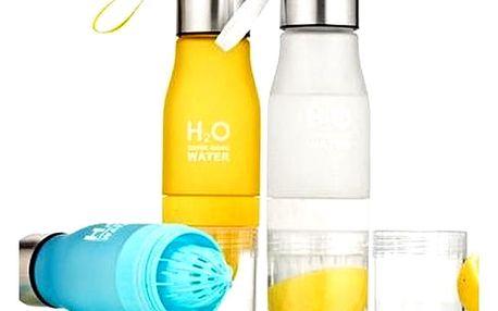 Láhev H2O s odšťavňovačem - kombinuje odšťavňovač a láhev na džusy.