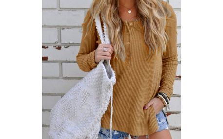 Dámský svetr s knoflíky Autre