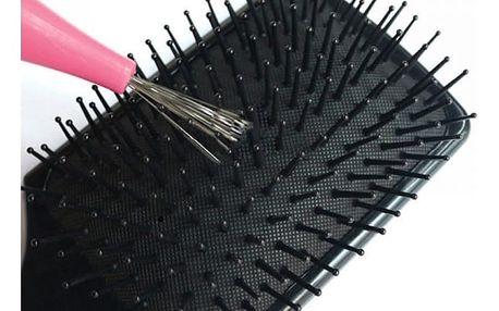 Pomůcka na čištění kartáčů na vlasy