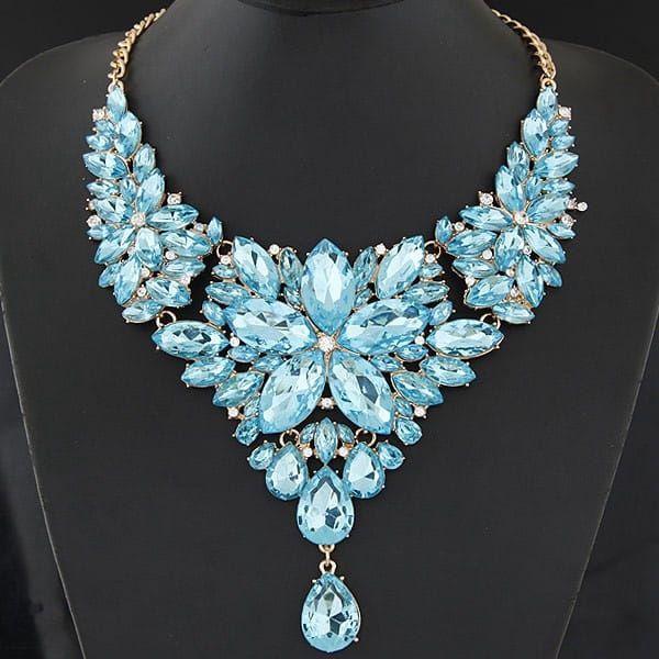 Výrazný náhrdelník z kamínků - 6 barev