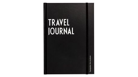 DESIGN LETTERS Cestovatelský deník, černá barva, papír