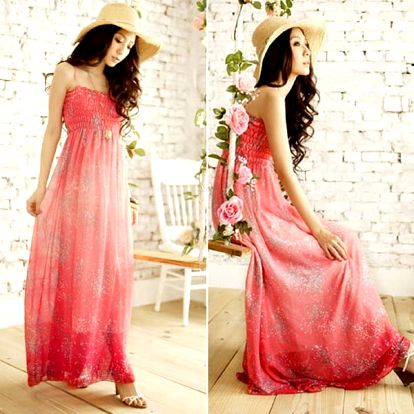 Dámské dlouhé šaty s úzkými ramínky - červená